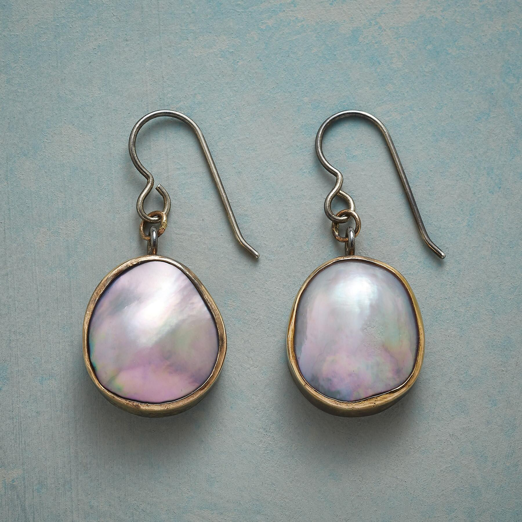 HEAVENLY PEARL EARRINGS: View 1