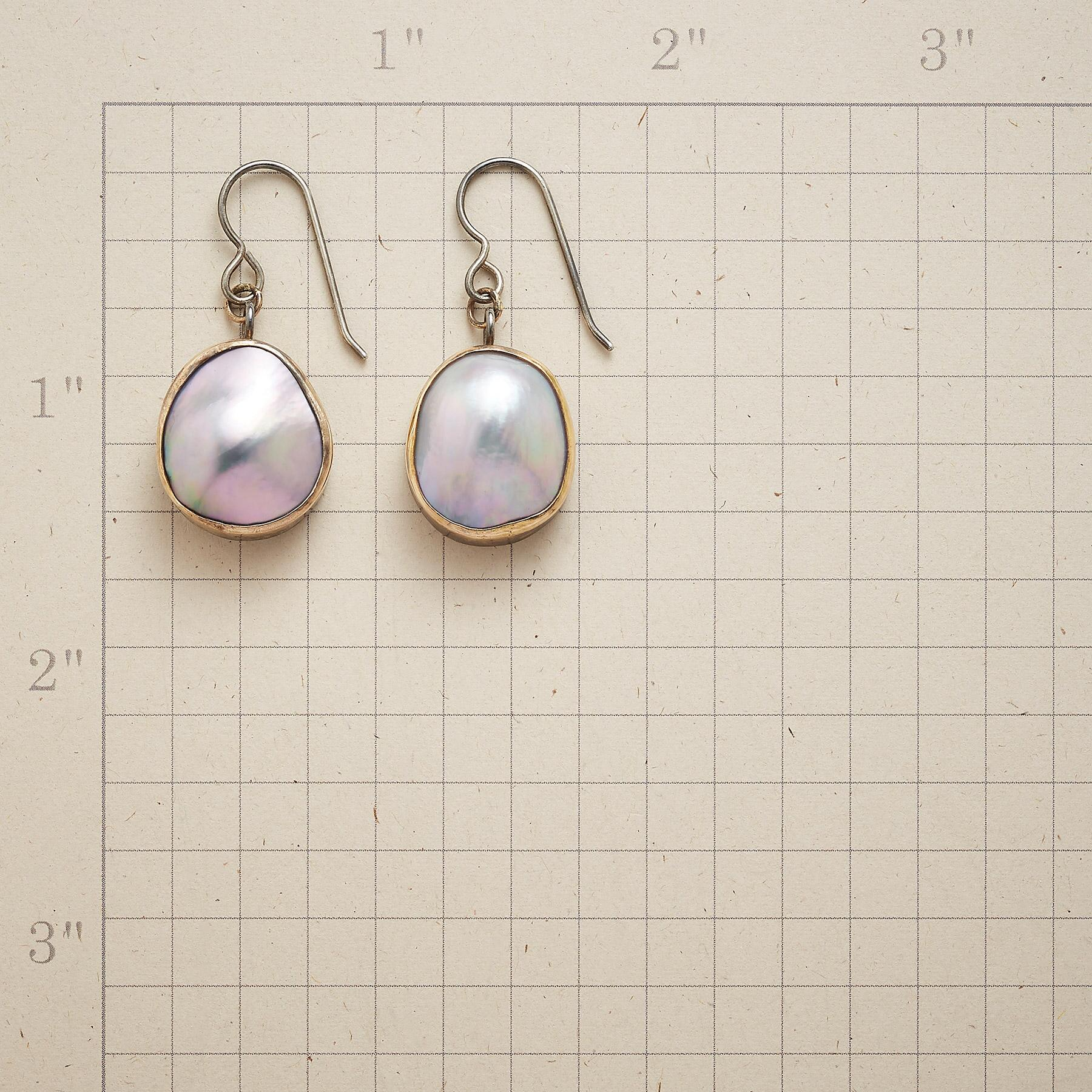 HEAVENLY PEARL EARRINGS: View 2