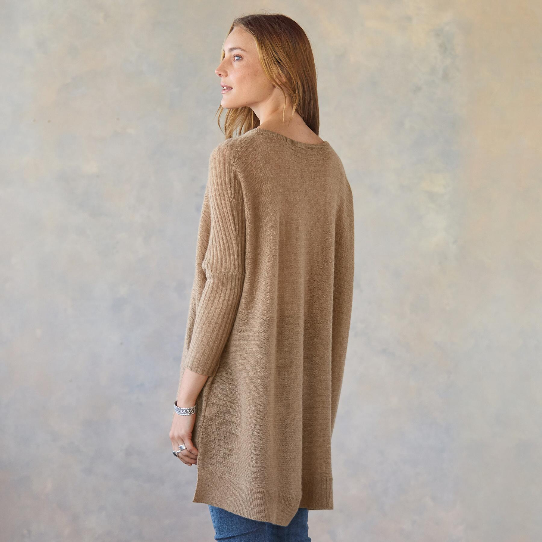 FABLED HEARTS PULLOVER: View 3