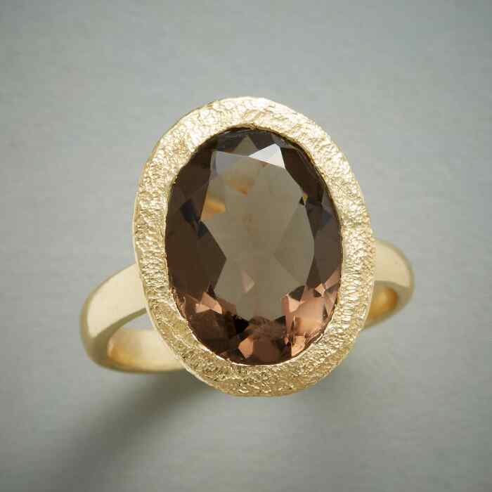 SMOKE AND SPARKLE RING
