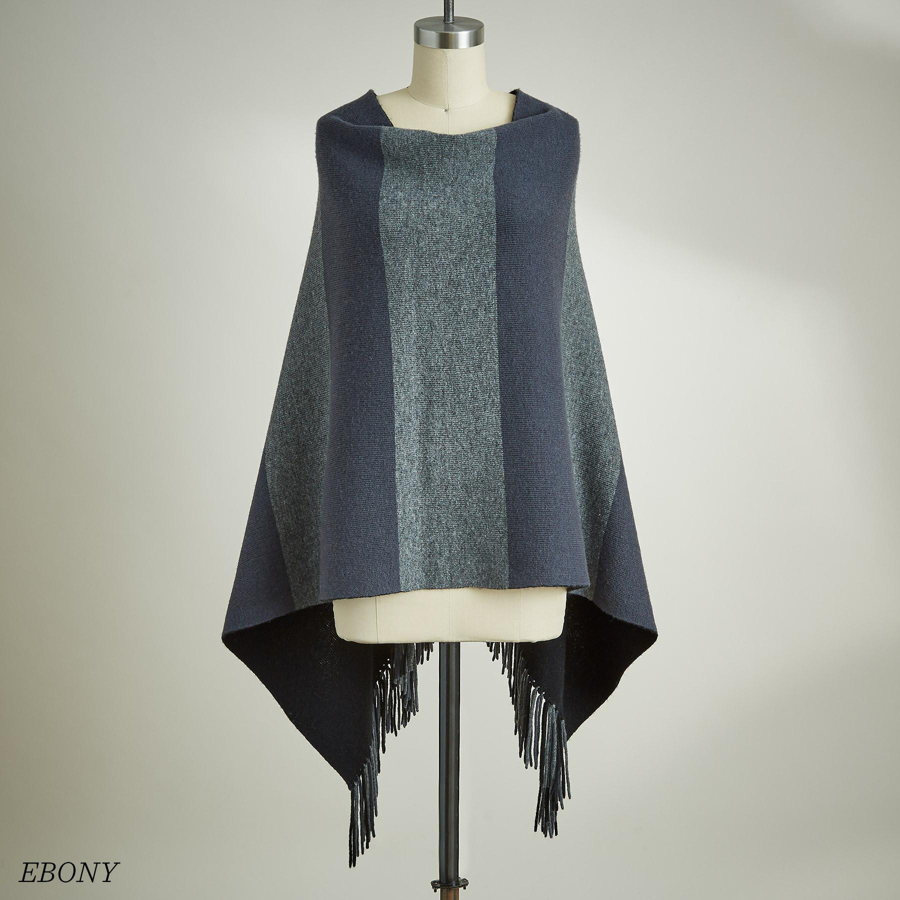 REVERSIBLE PONCHO: View 8
