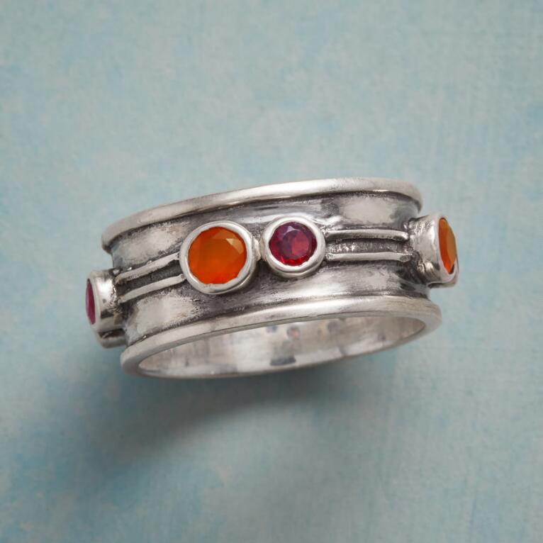 FIERY DUOS RING