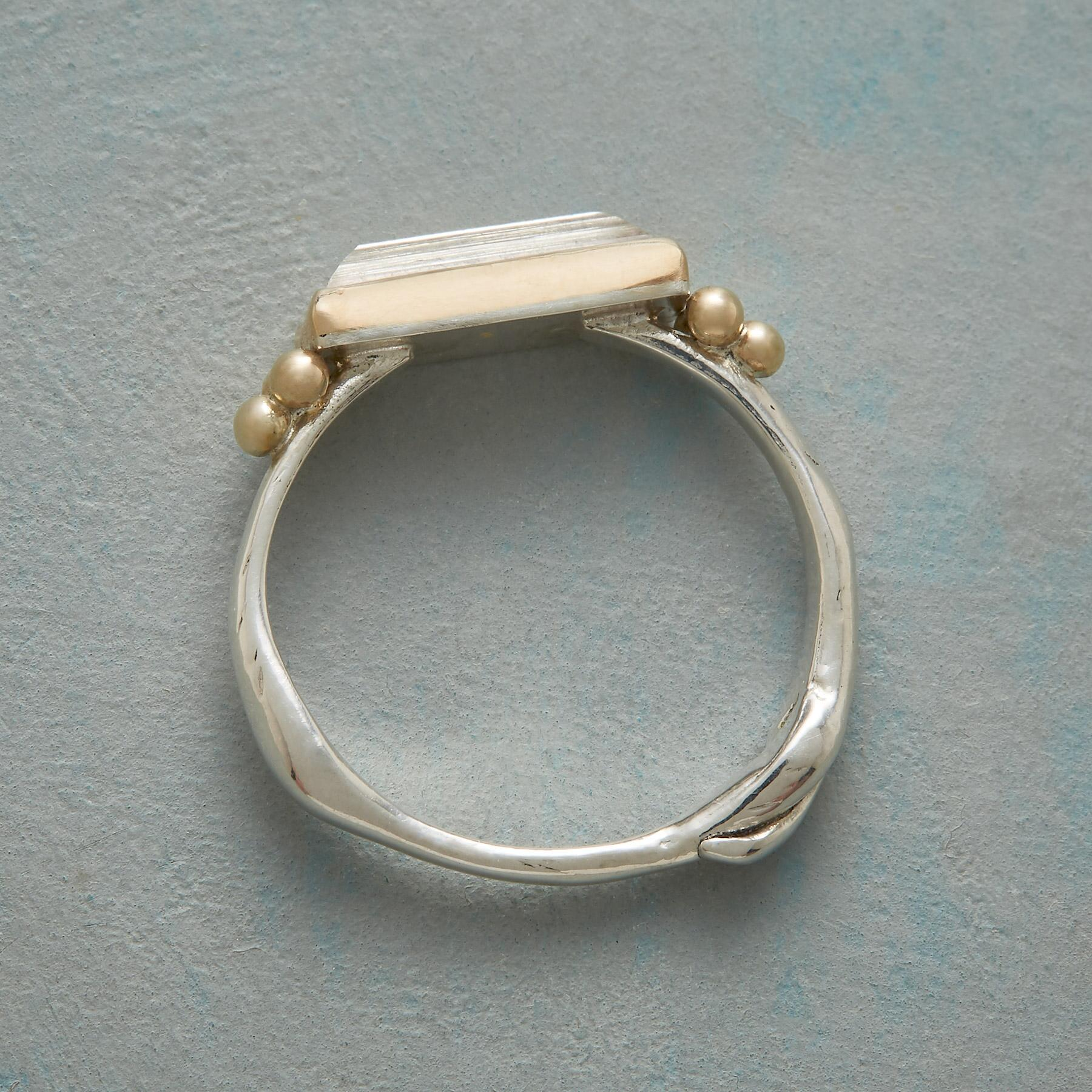 SCULPTED QUARTZ RING: View 2