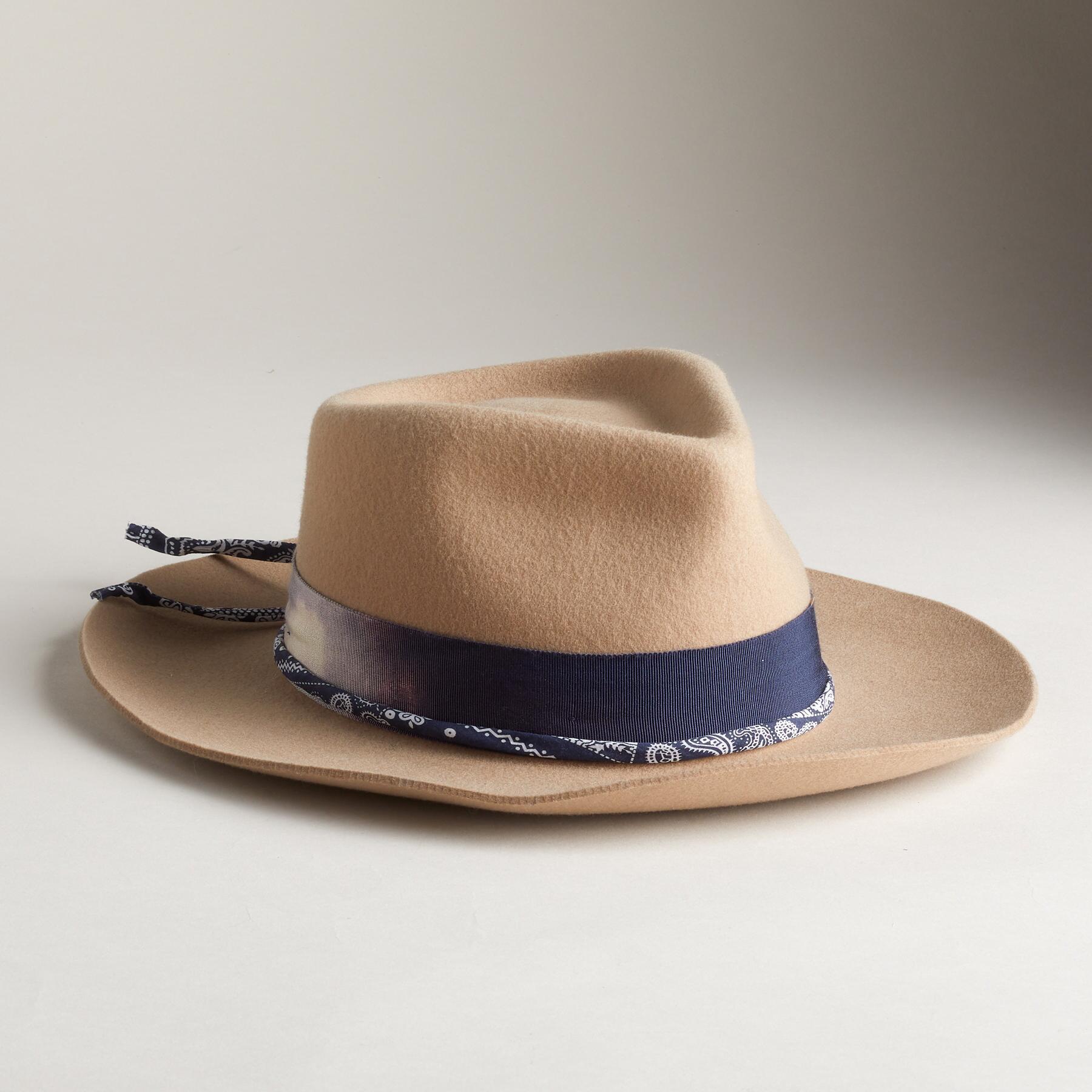 LARKSPUR HAT: View 1