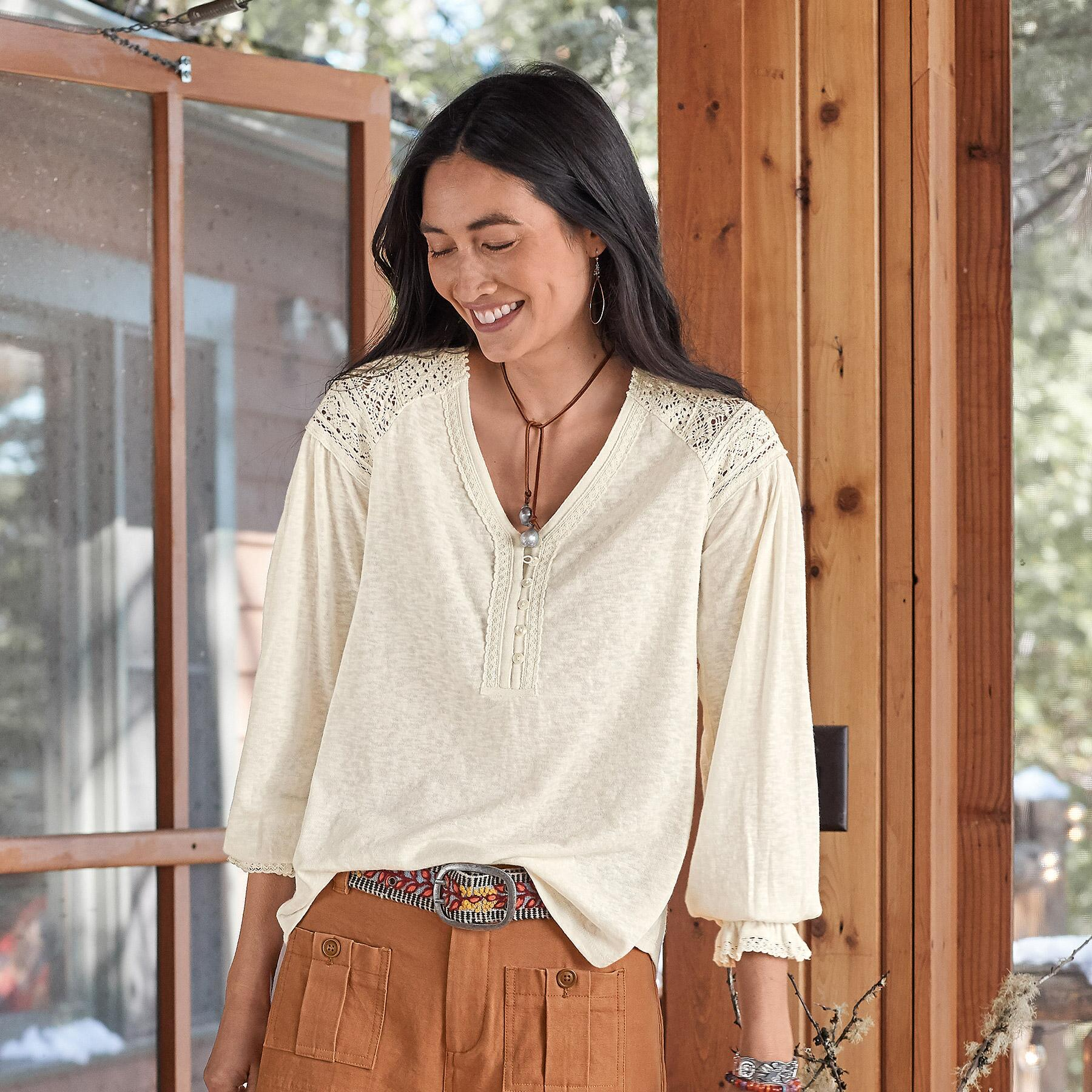 GRACEFUL LACE TOP: View 1