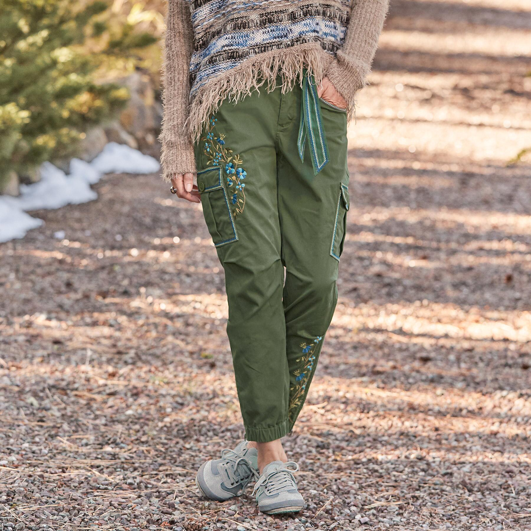 WILLOW CARGO PANT: View 1
