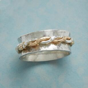 TWIRLING TWISTS RING