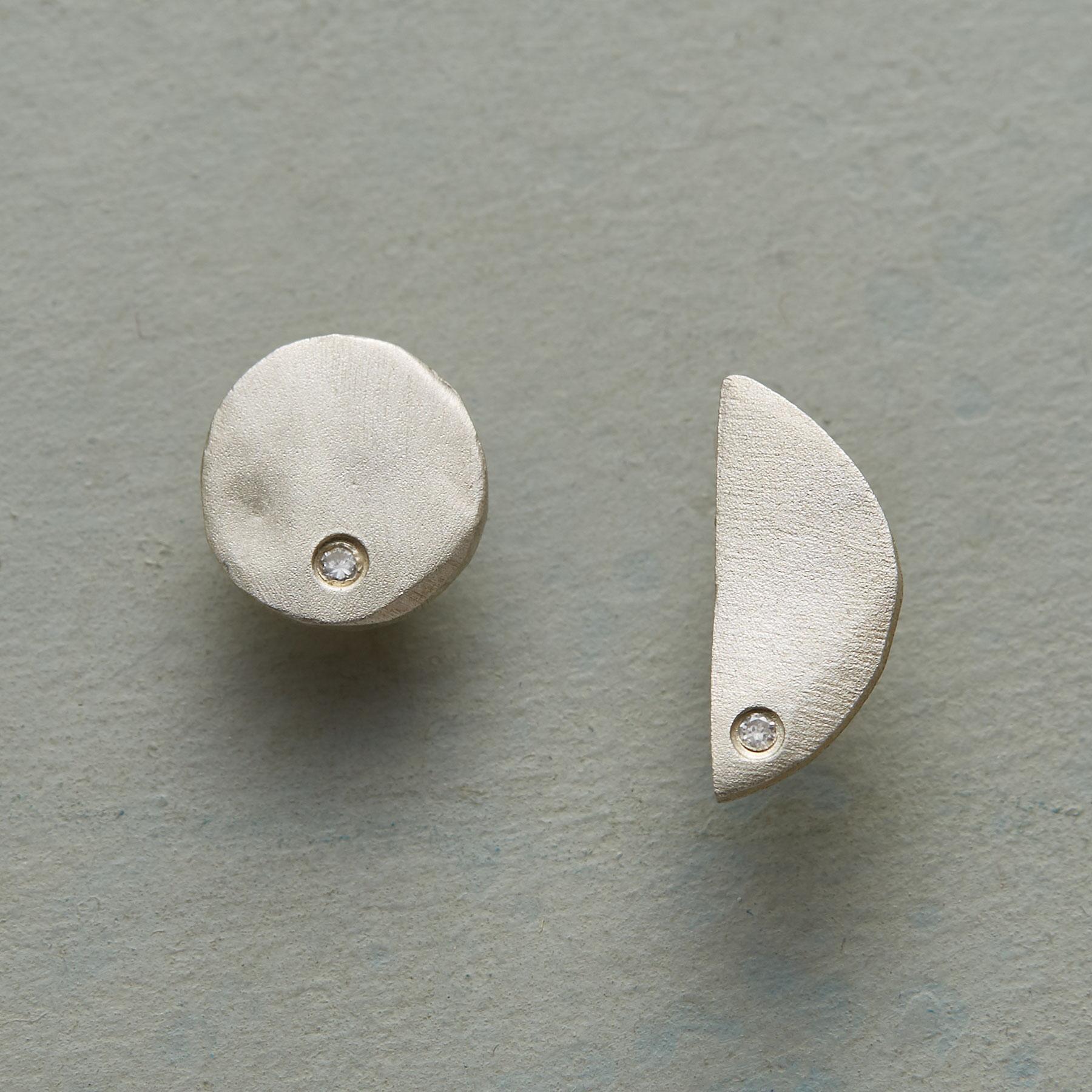 TWO MOONS DIAMOND EARRINGS: View 1