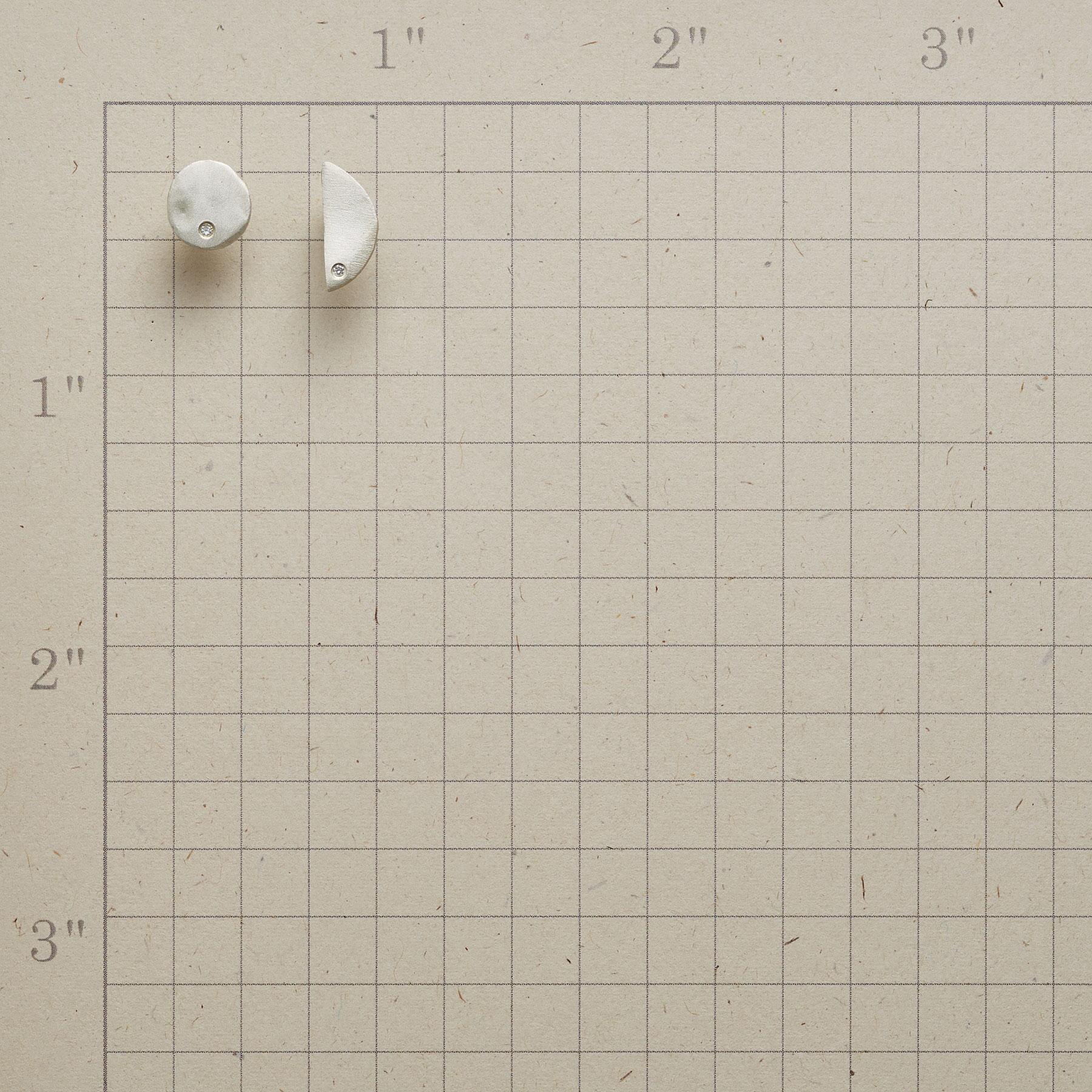 TWO MOONS DIAMOND EARRINGS: View 2