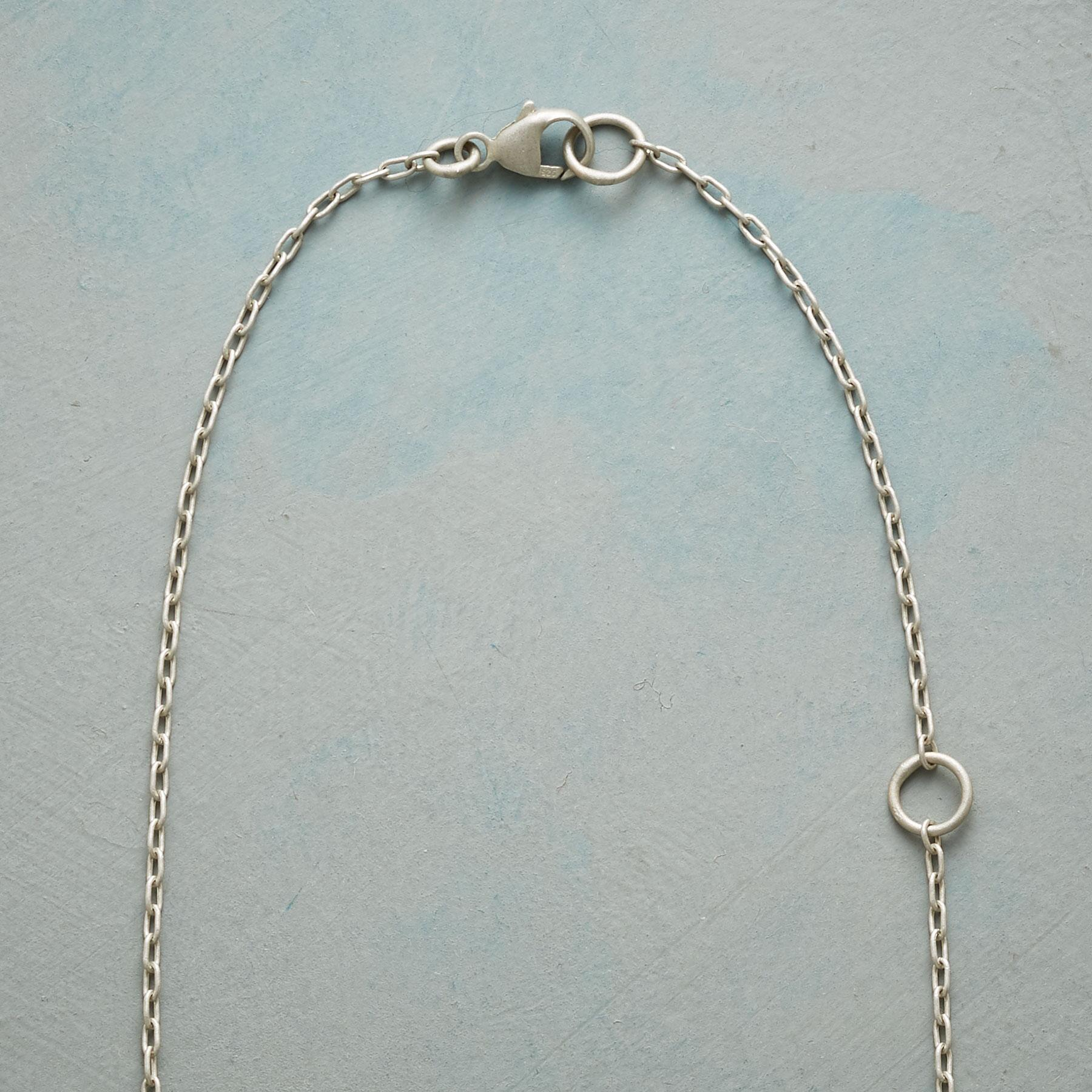 MODERN DIAMOND NECKLACE: View 3