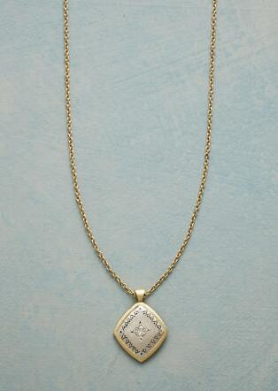 ACE OF DIAMONDS NECKLACE