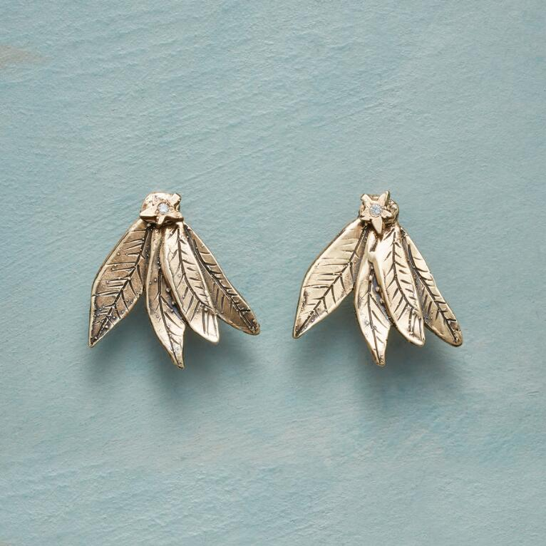 FEATHERED STAR EARRINGS