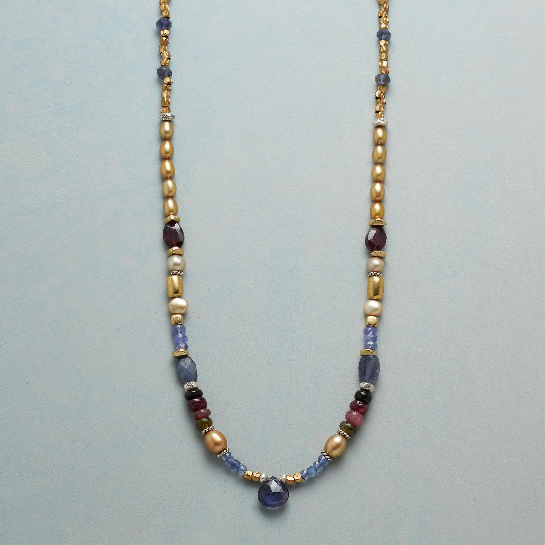 GOLDIPEARL NECKLACE: View 1