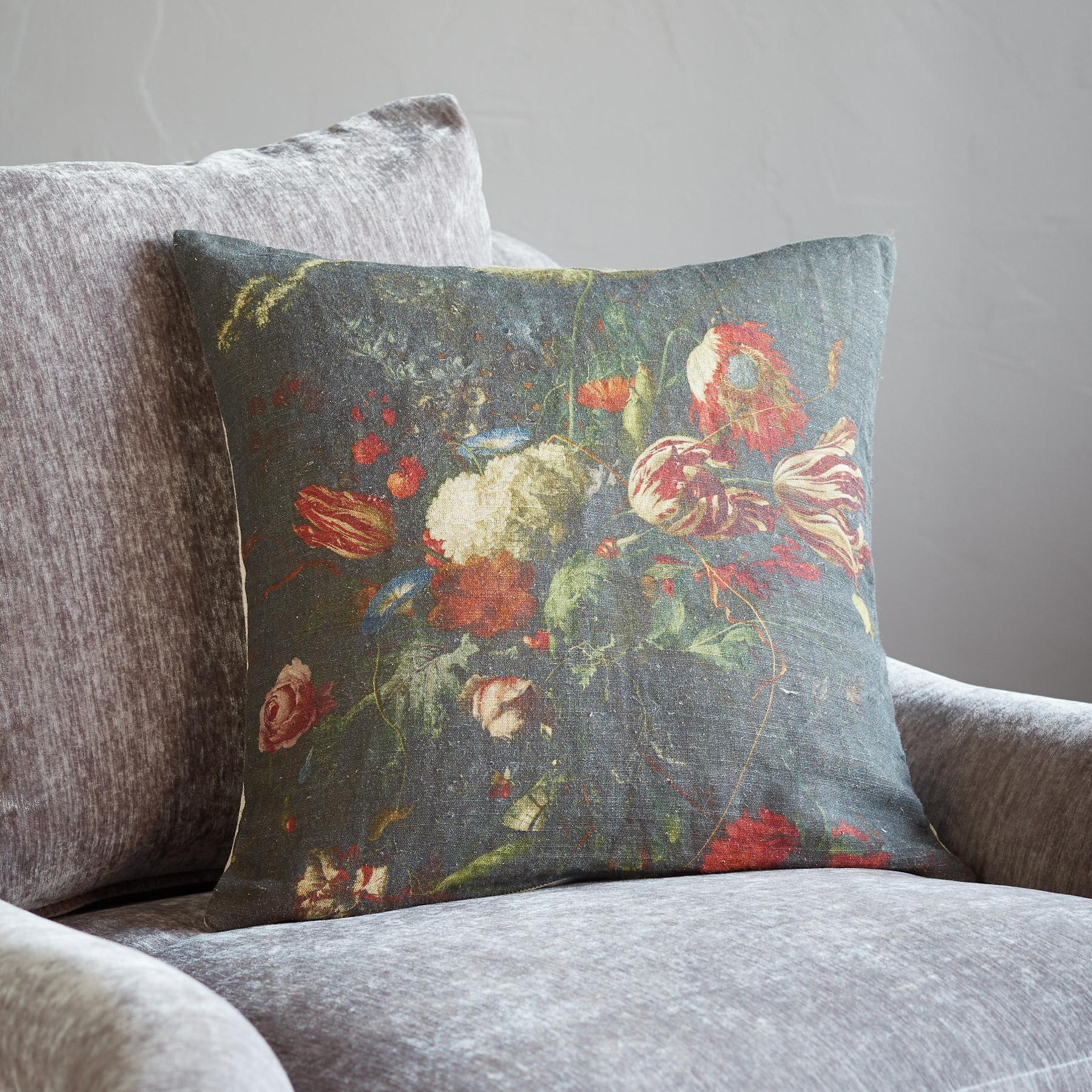 BLOEMEN LINEN PILLOW: View 3