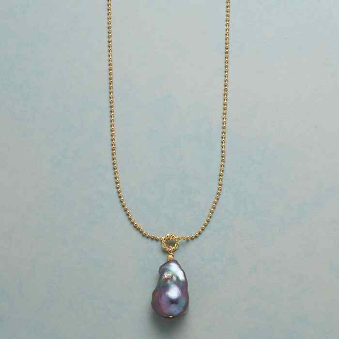 BOUNDLESS PEARL NECKLACE