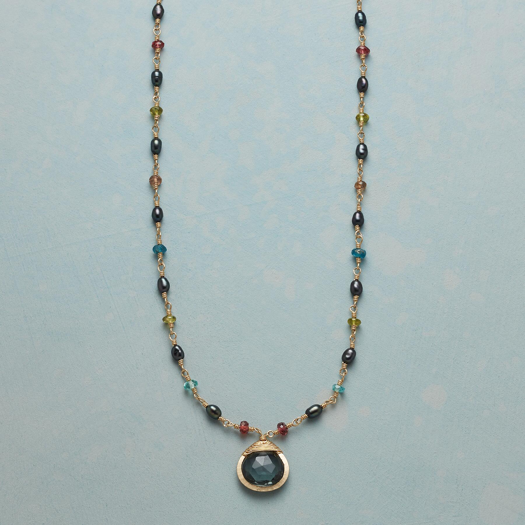 CRESCENDO NECKLACE: View 1