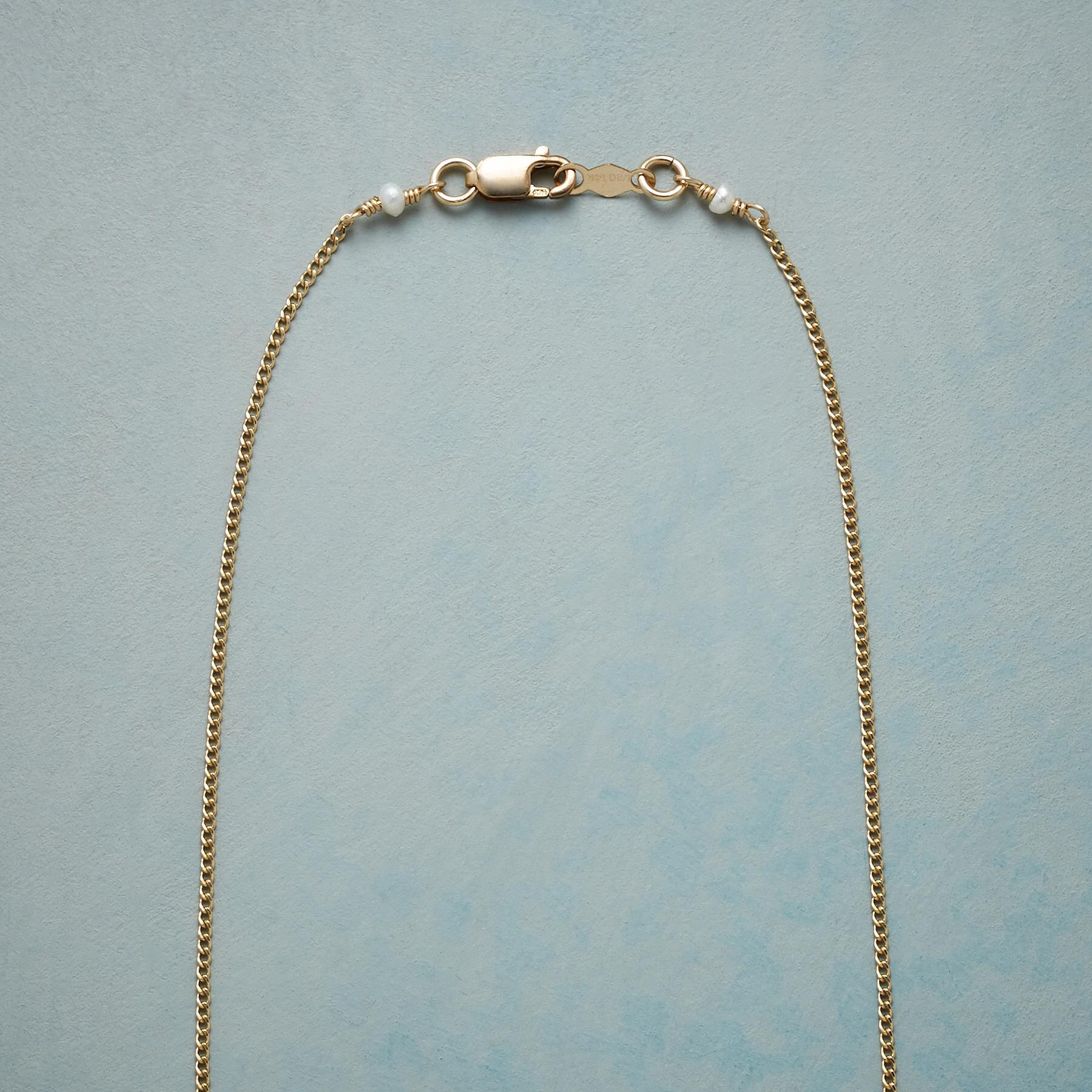 PEARL CENTRAL NECKLACE: View 3