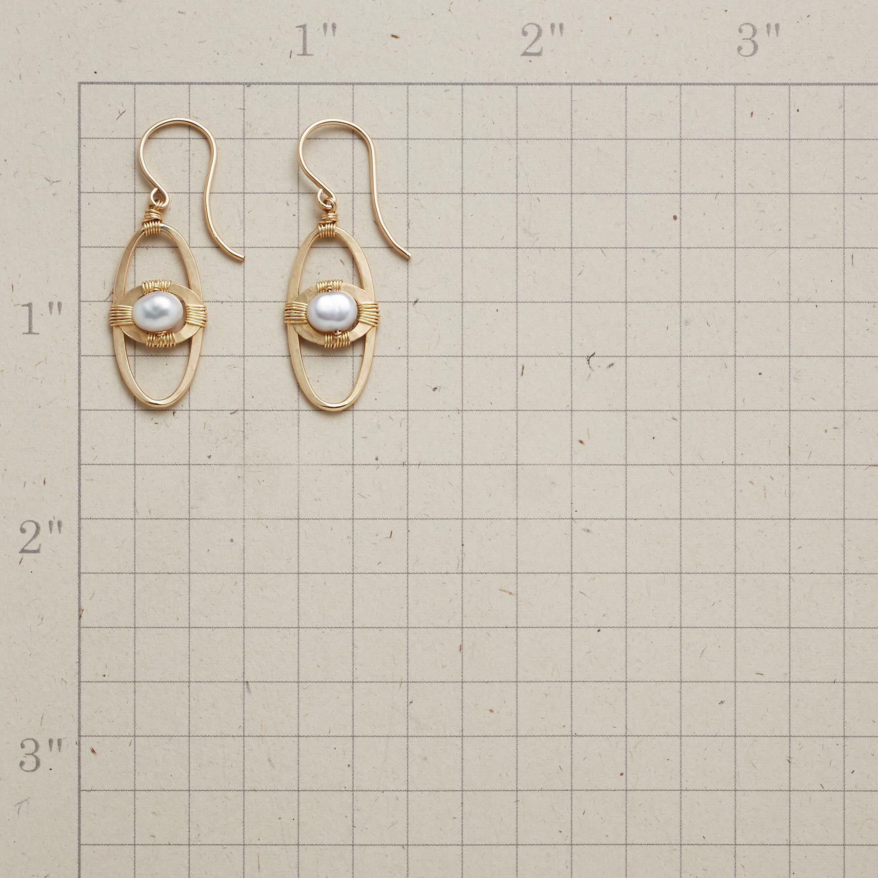 SPACE AGE PEARL EARRINGS: View 2