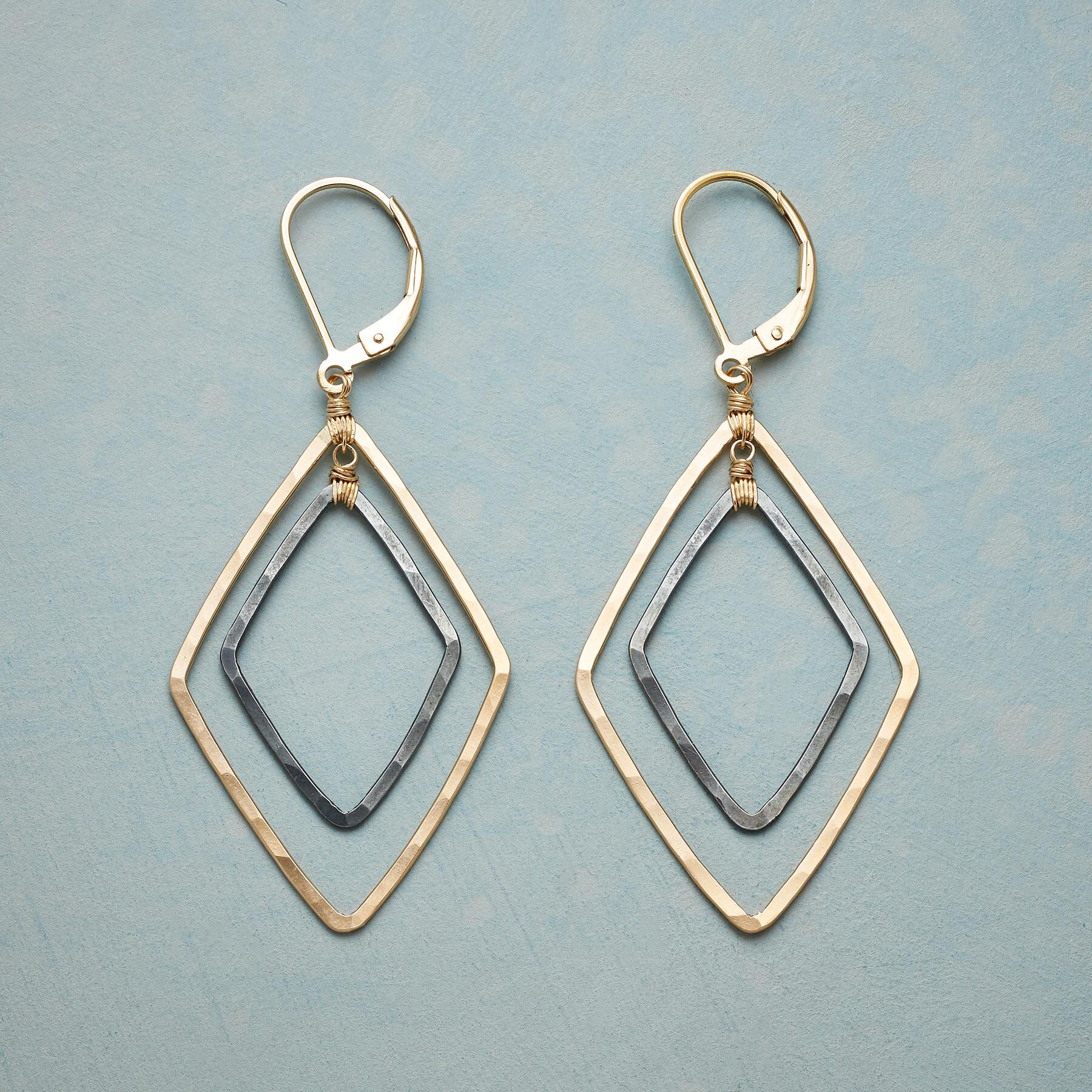 TWO OF DIAMONDS EARRINGS: View 1