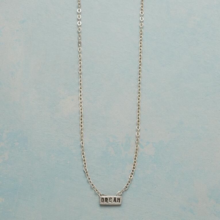 DREAM SENTIMENT NECKLACE