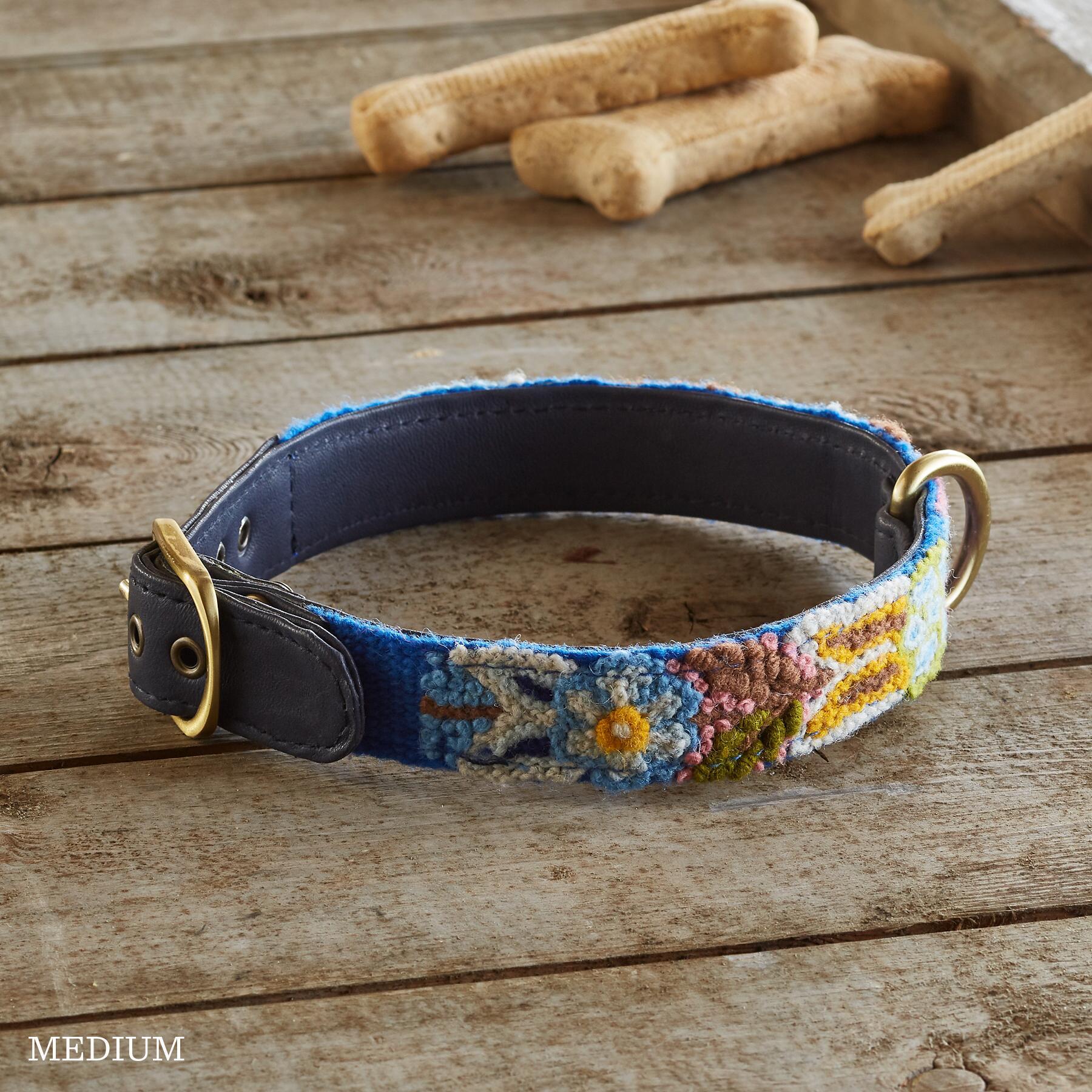 HANDMADE DOG COLLAR - FOLKLORIC: View 2