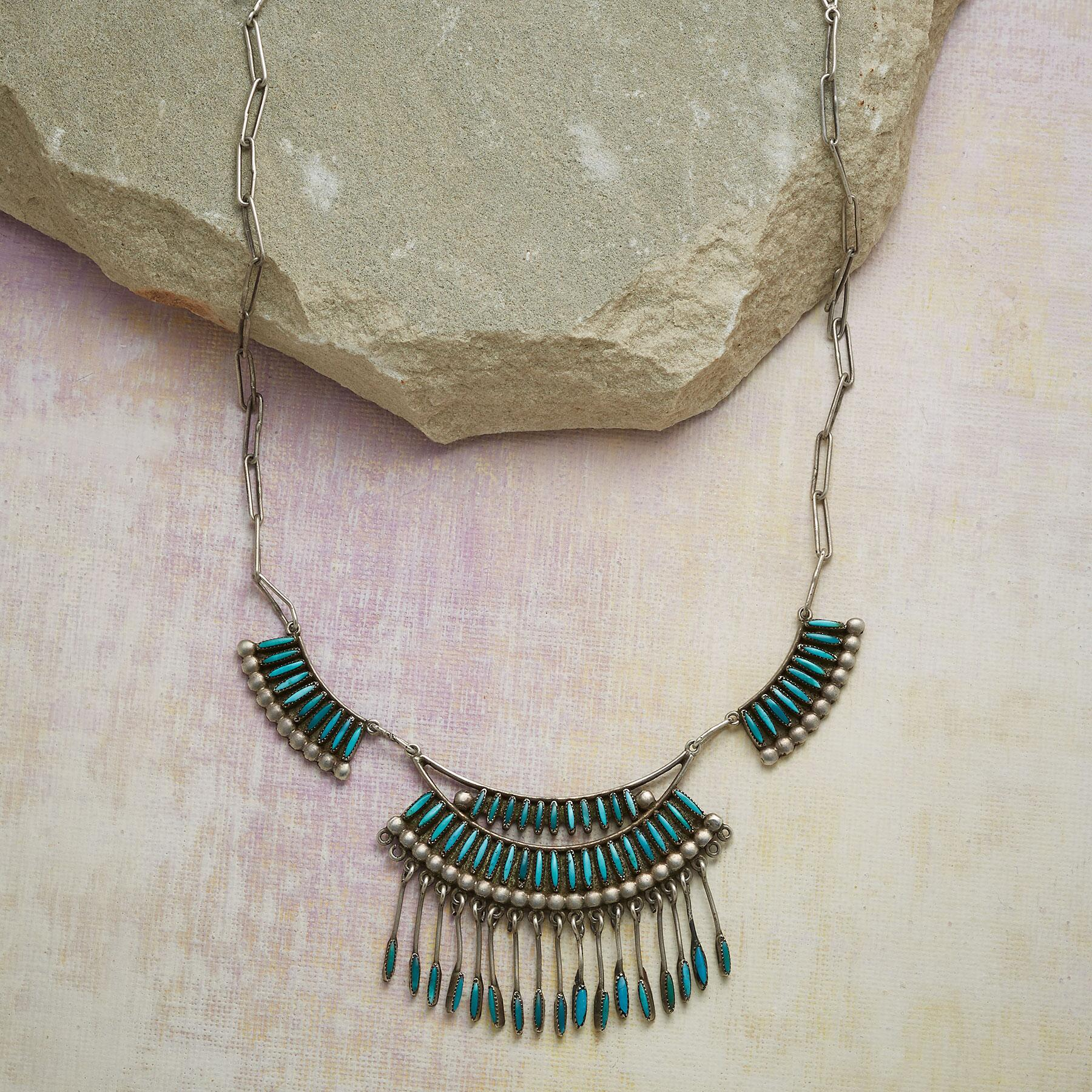 1940'S ZUNI TURQUOISE NECKLACE: View 1