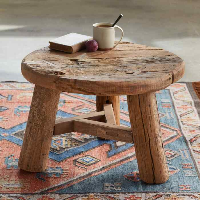 CHALLIS ACCENT TABLE