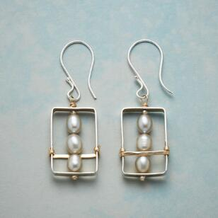 FRAMED PEARL EARRINGS