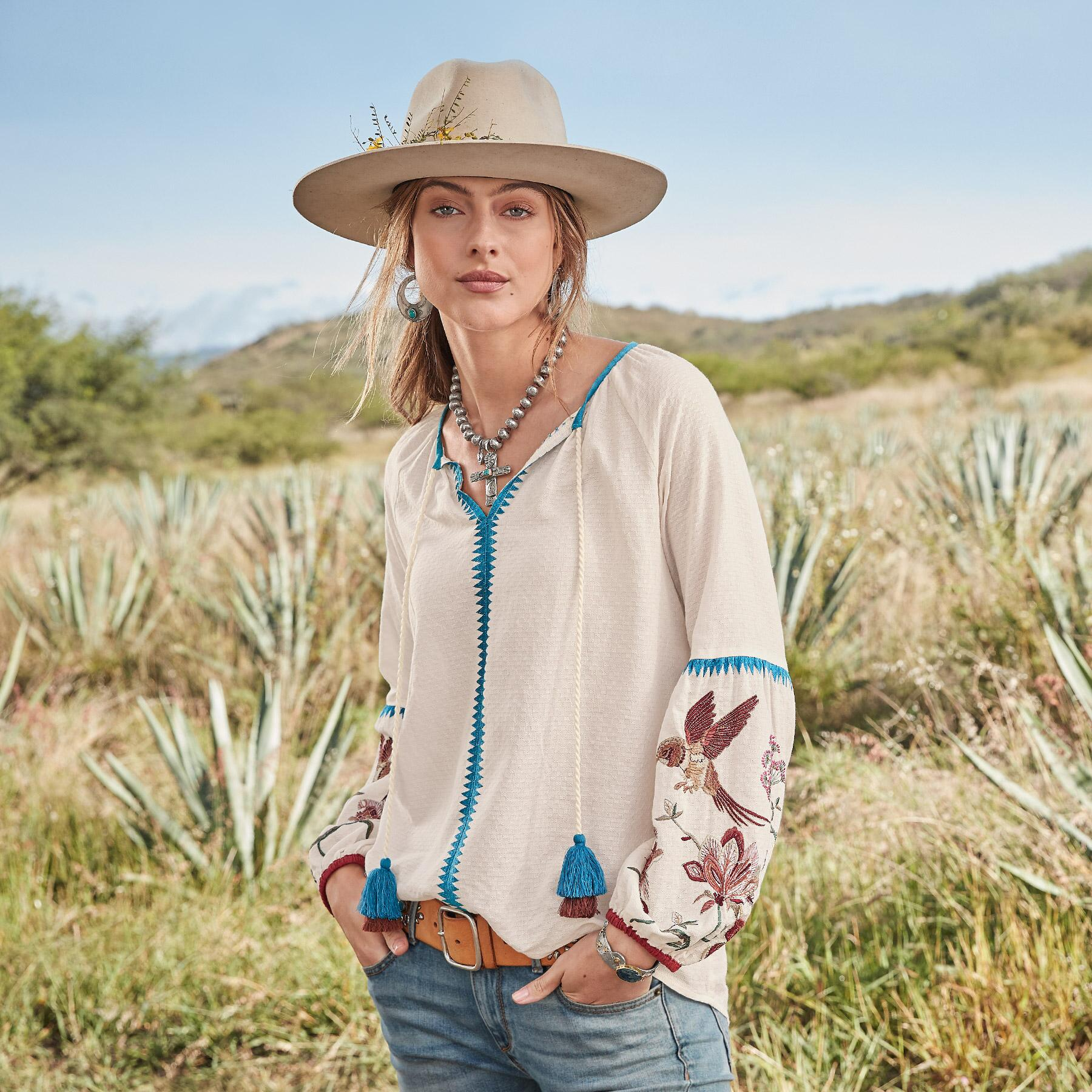 PALOMA EMBROIDERED TOP: View 2