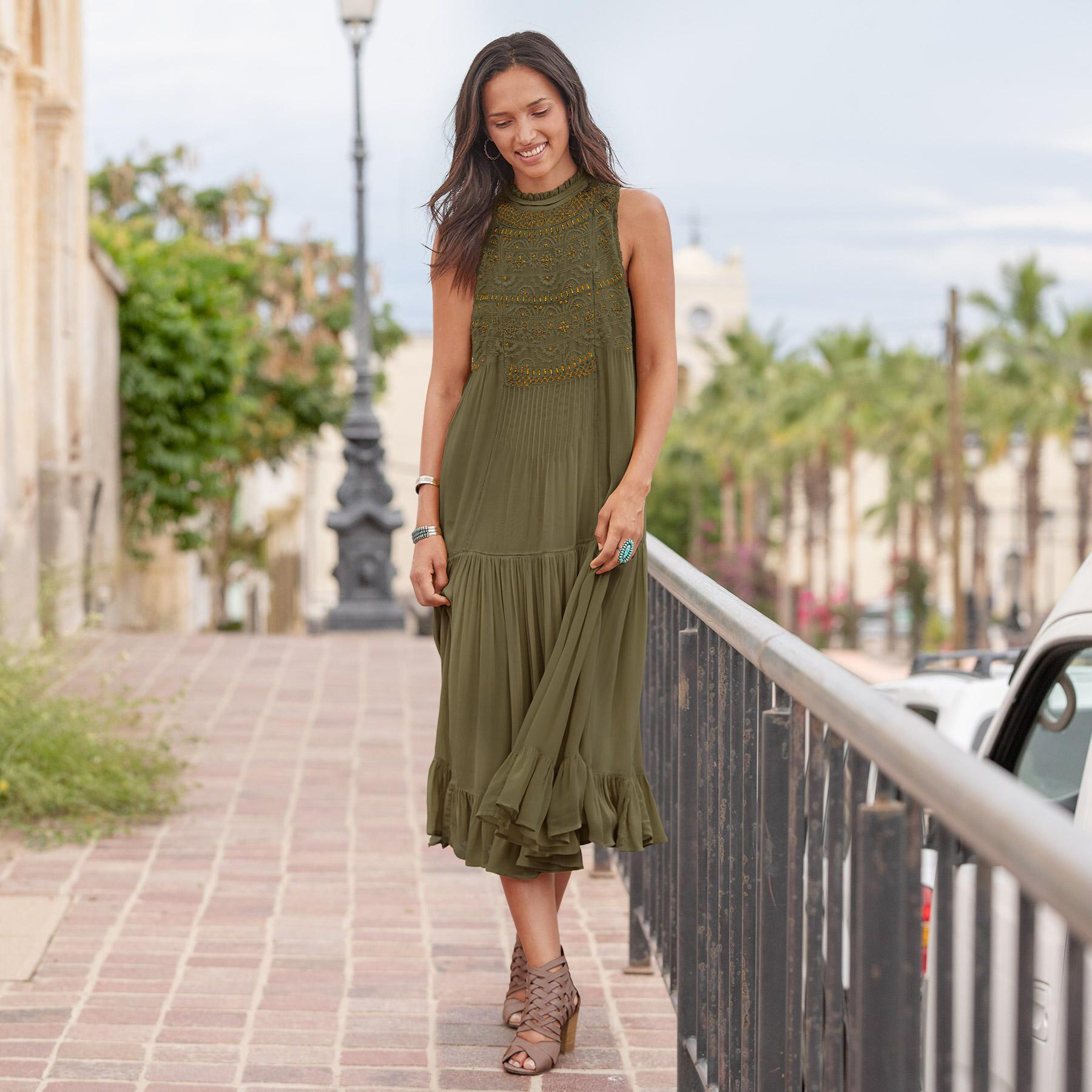 ROYAL CROWN DRESS: View 1