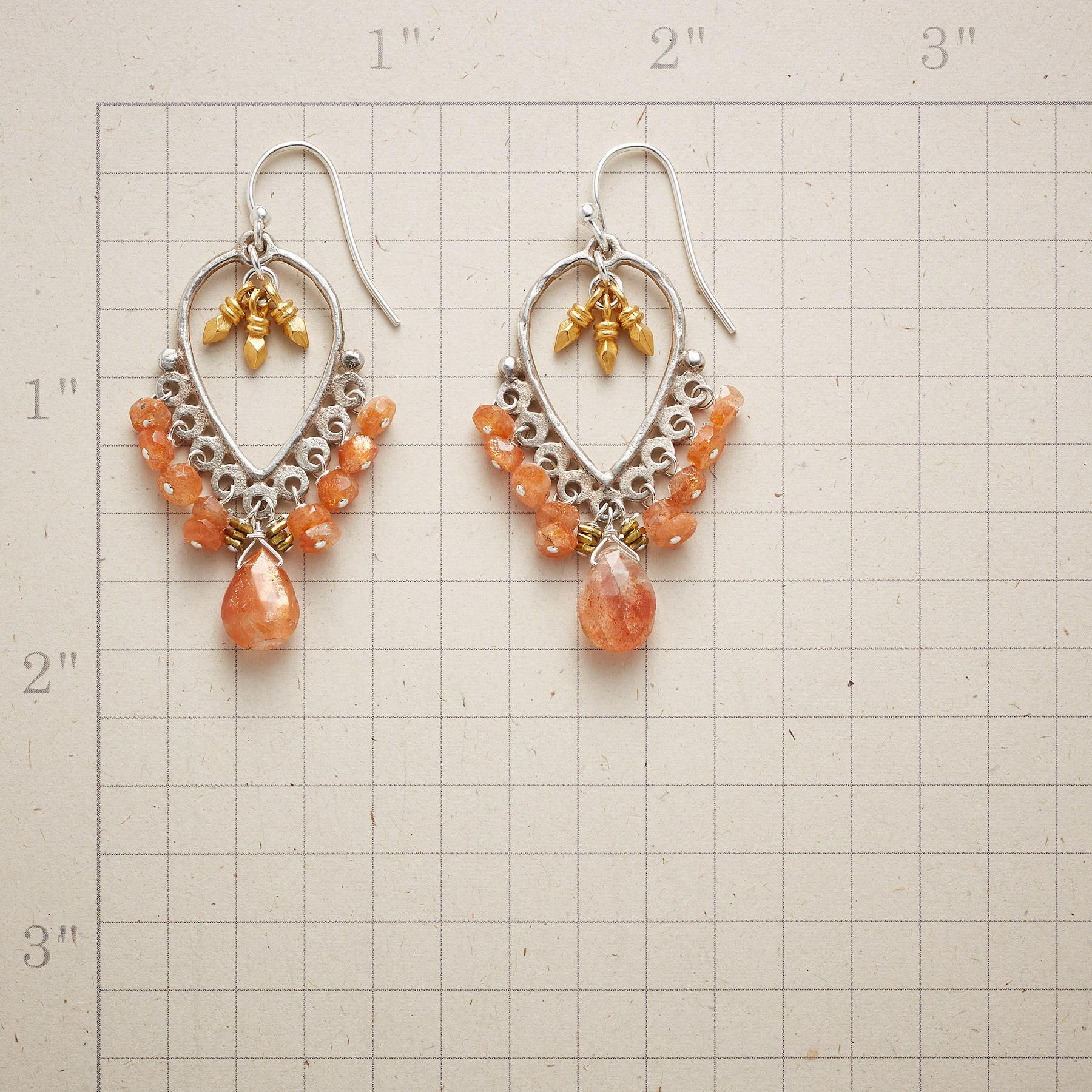 PRETTY PAPRIKA EARRINGS: View 2