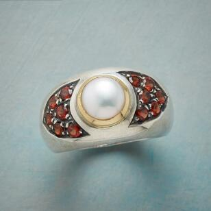 FROSTED BERRY RING