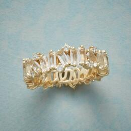 WHITE TOPAZ & DIAMONDS RING
