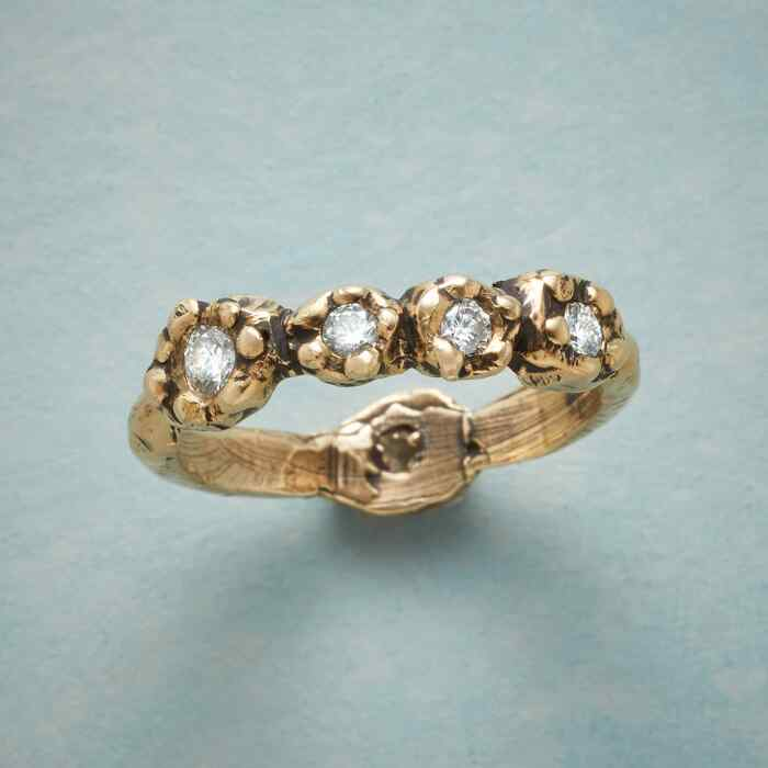 FOUR ROSES RING