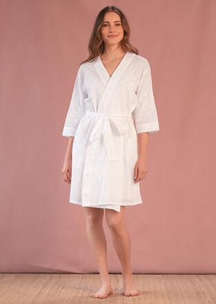 REINA EMBROIDERED ROBE