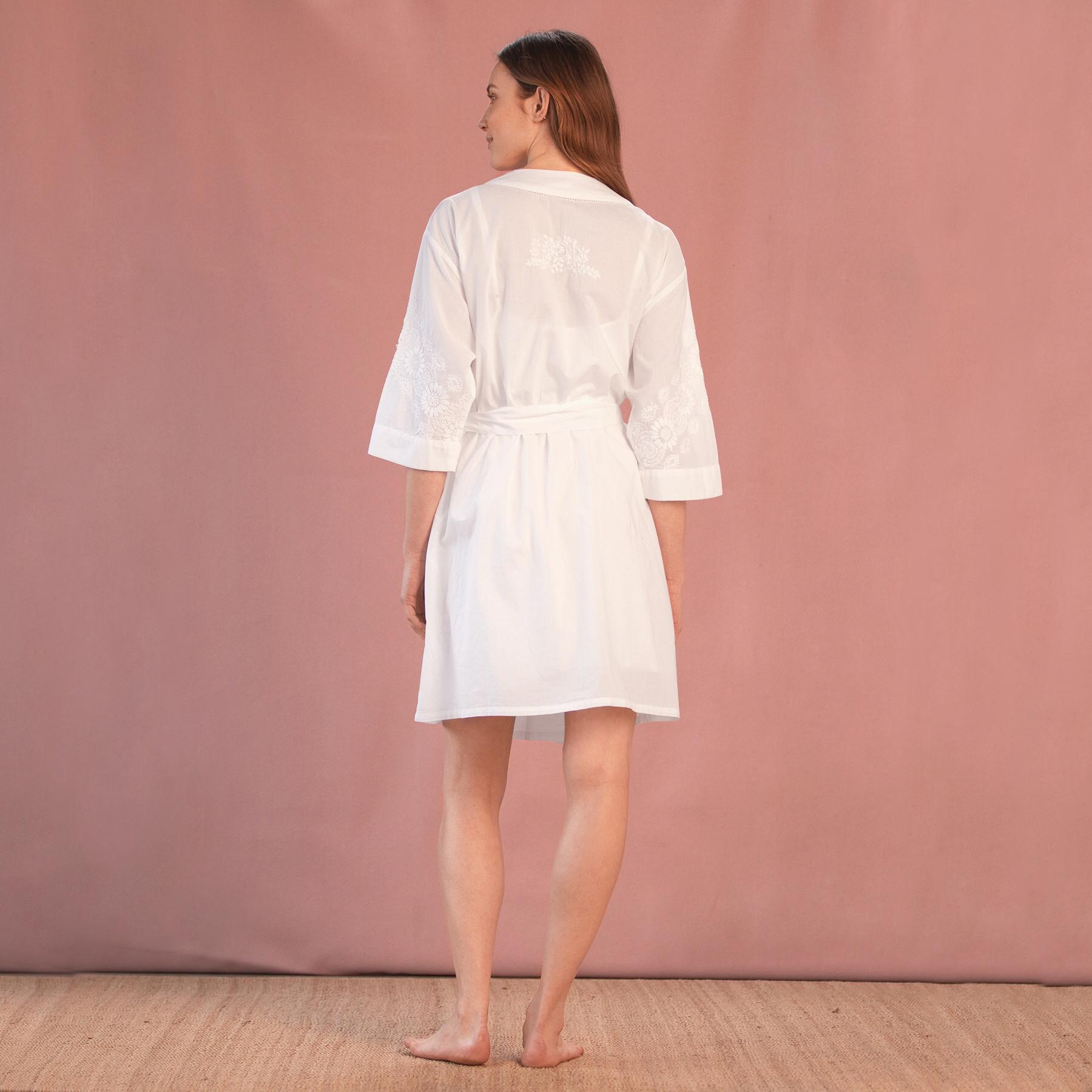 REINA EMBROIDERED ROBE: View 2