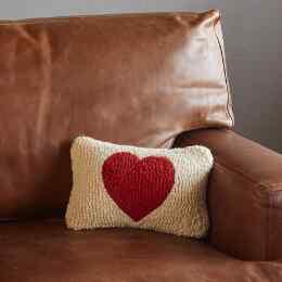 RED HEART MINI PILLOW