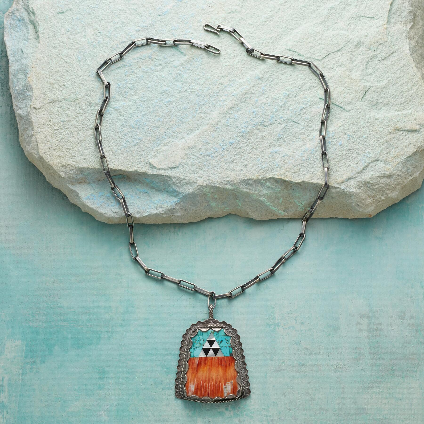 1970S SPINY OYSTER & TURQUOISE NECKLACE: View 2