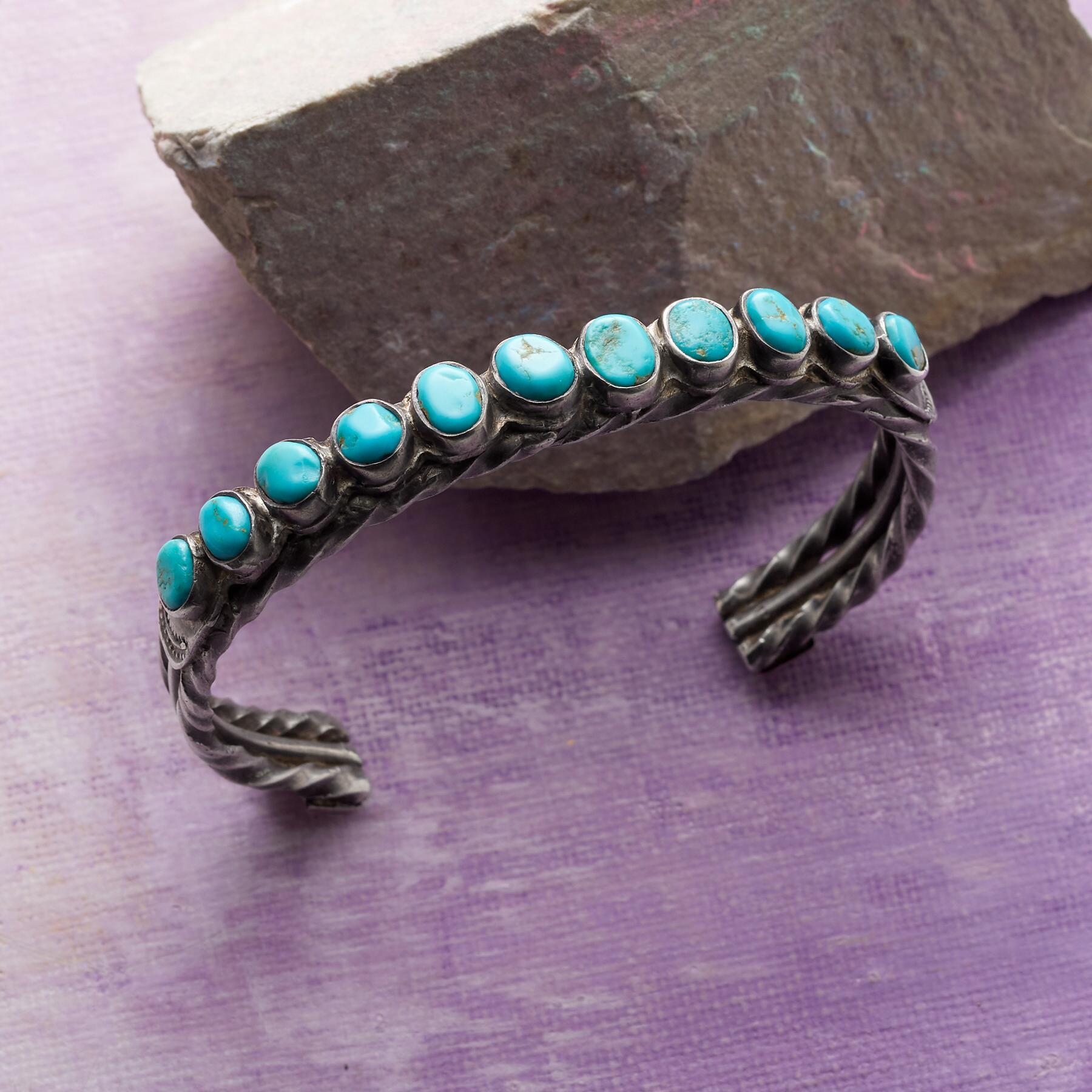 VINTAGE ELEVEN TURQUOISE CUFF: View 1