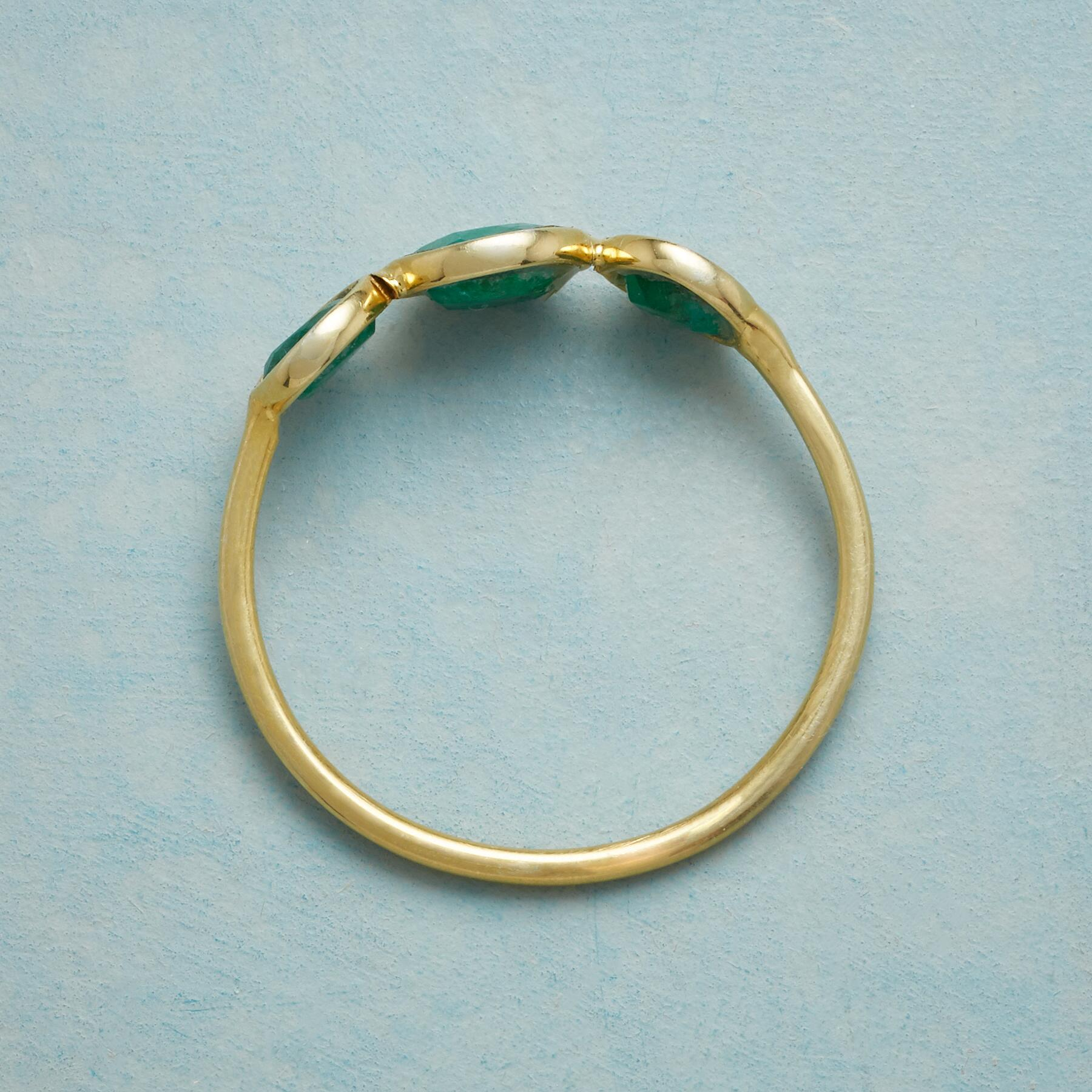 GREEN TRIO RING: View 2