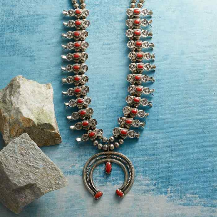 1970S CORAL SQUASH BLOSSOM NECKLACE