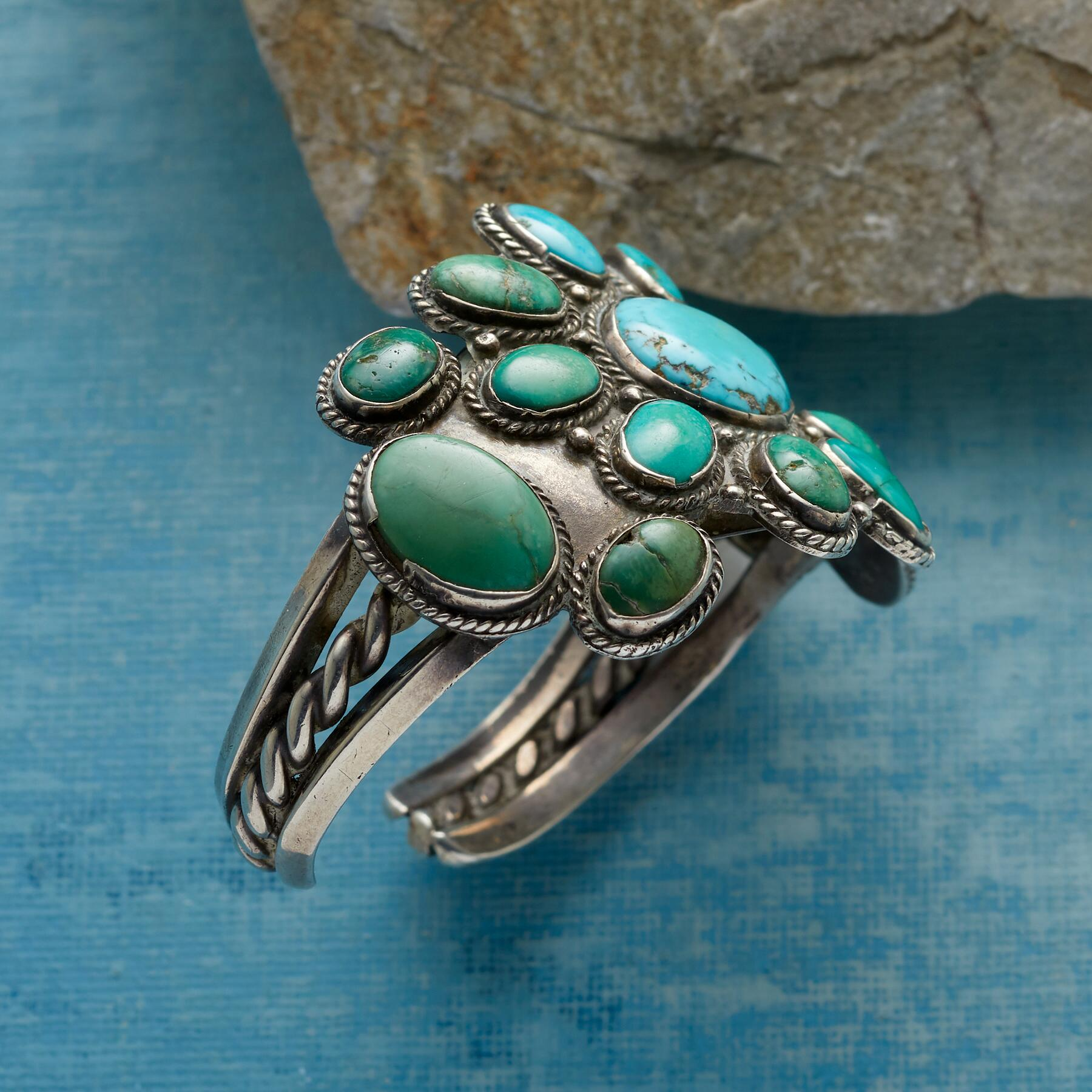1930S FLOWERING FOX TURQUOISE CUFF: View 2