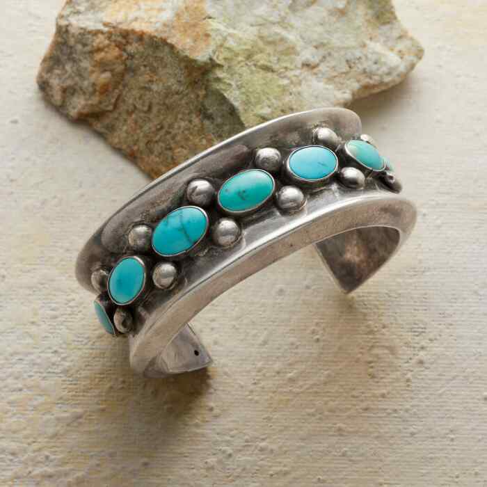 1950S SHADOW BOX TURQUOISE CUFF