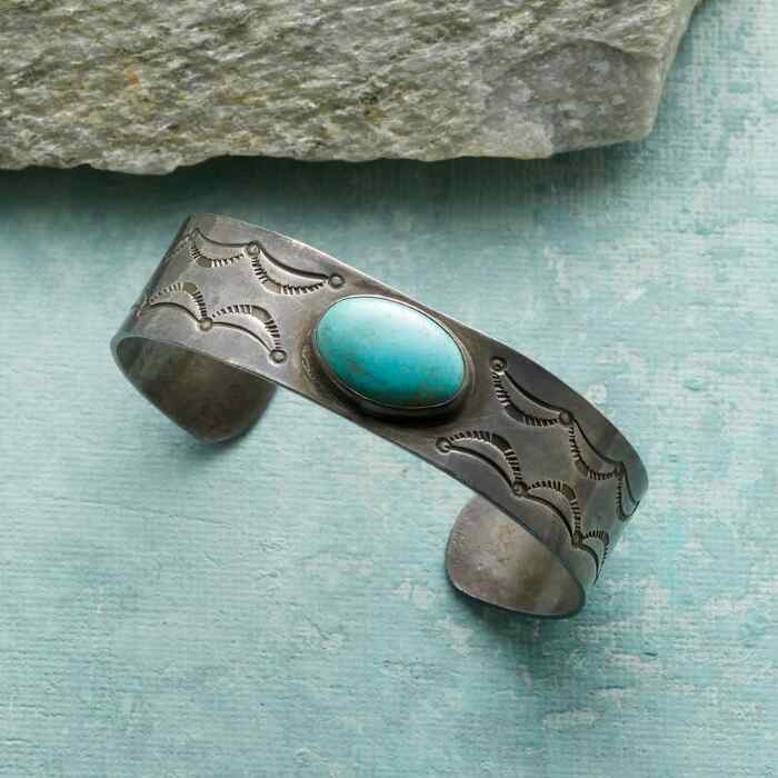 1940S NUMBER EIGHT TURQUOISE CUFF