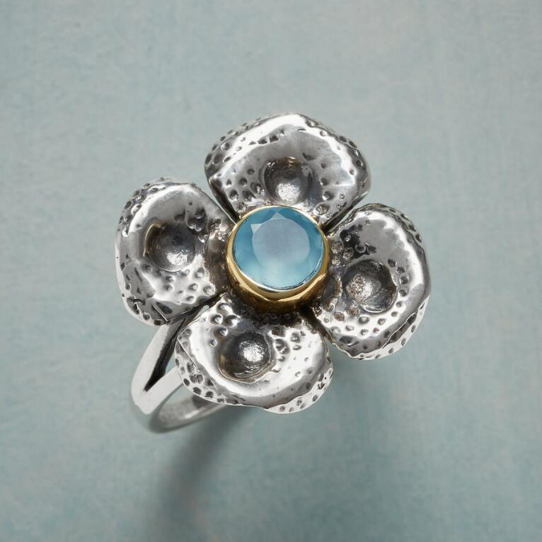 CHALCEDONY CLOVER RING