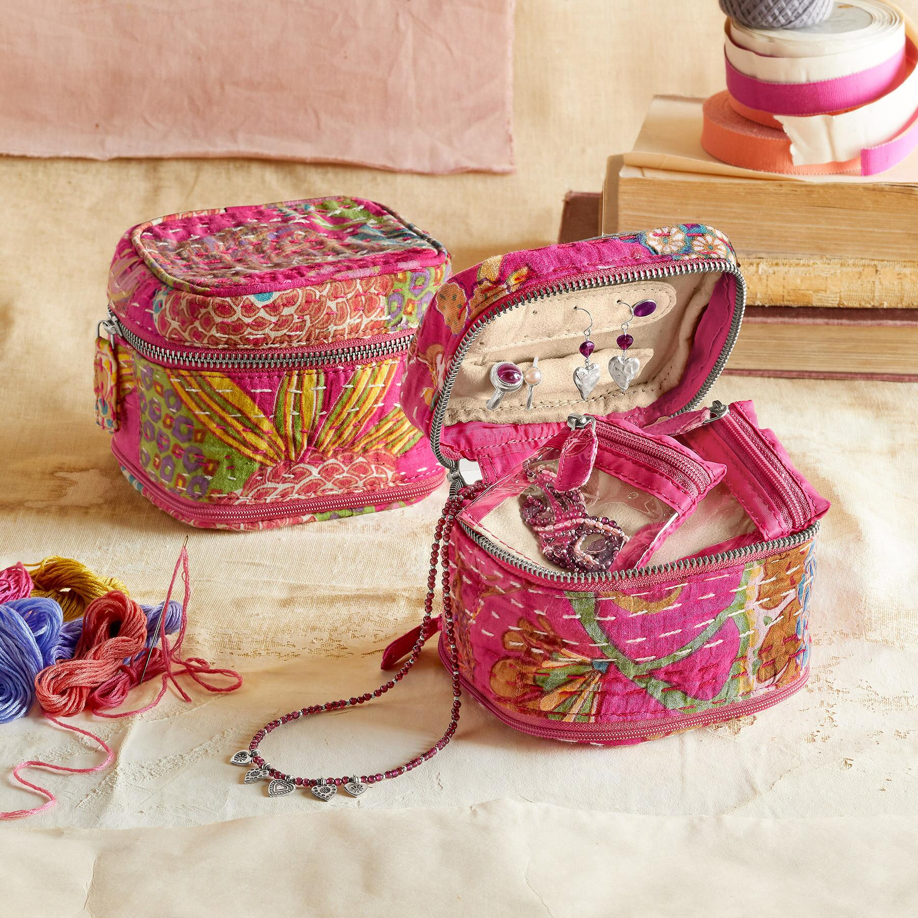 KANTHA STITCHERY JEWELRY CASE: View 1