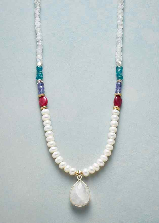 AMALIA NECKLACE
