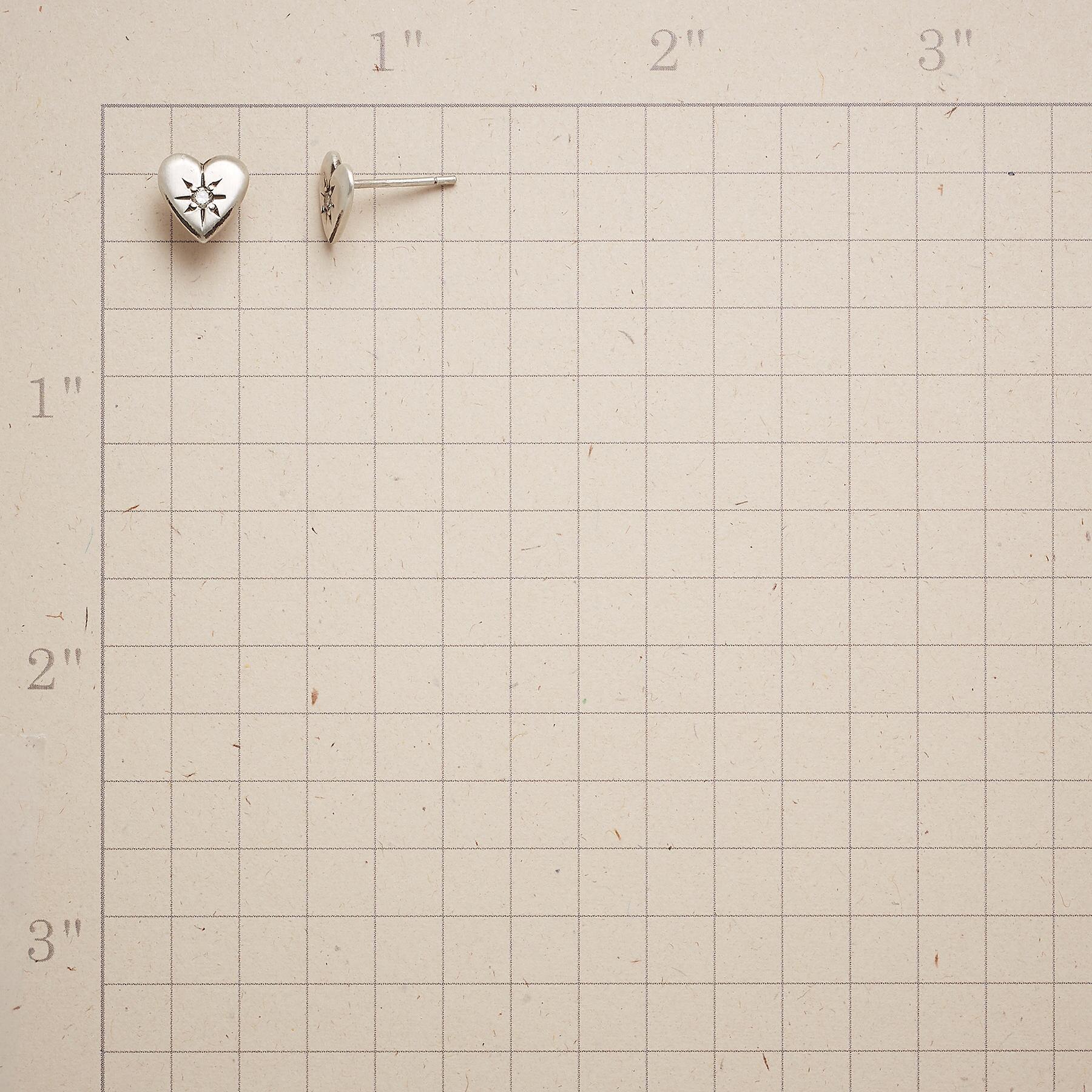 DIAMOND HEART EARRINGS: View 2