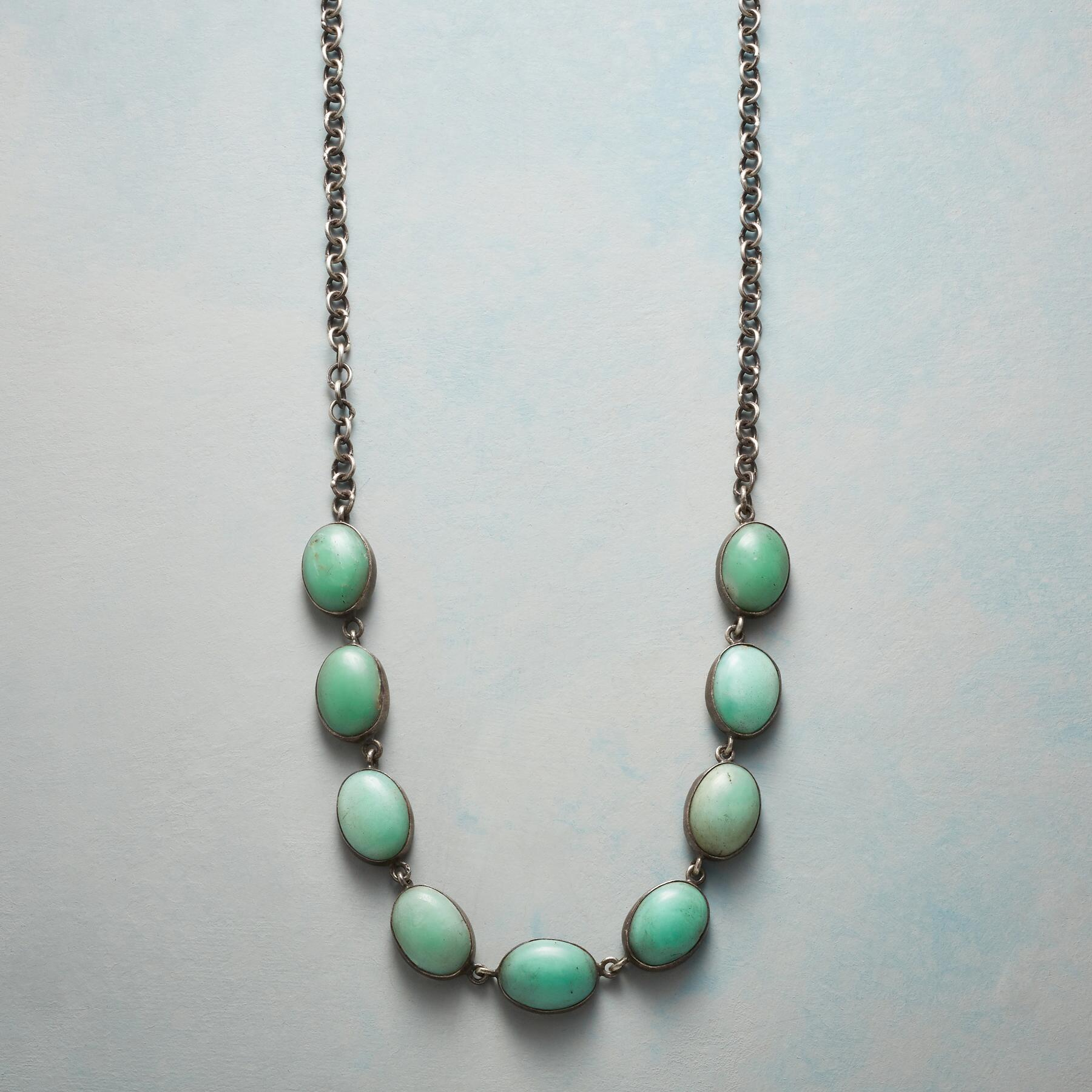 CHRYSOPRASE CABOCHON NECKLACE: View 1