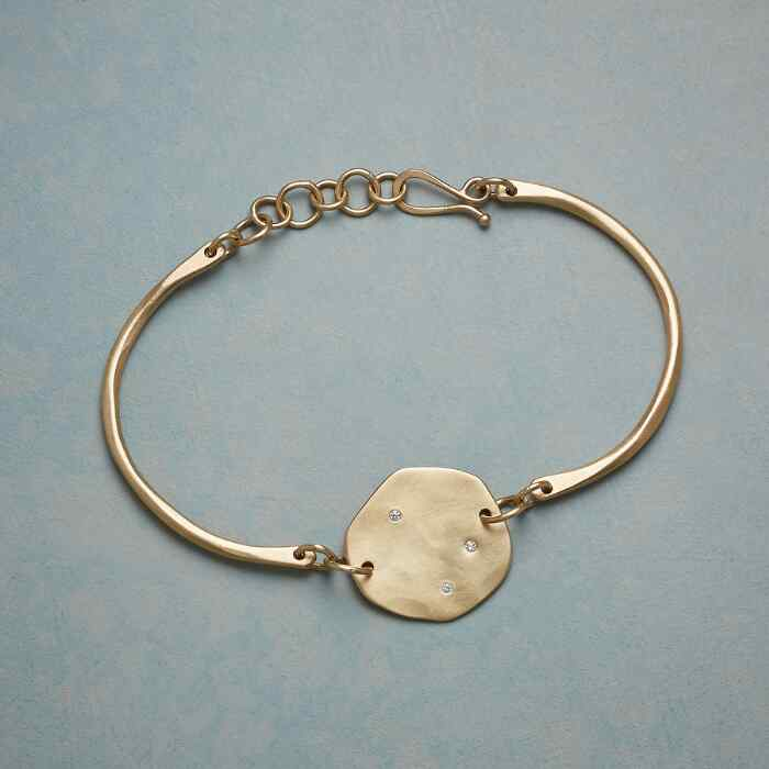 DIAMOND SKYLIGHT BRACELET